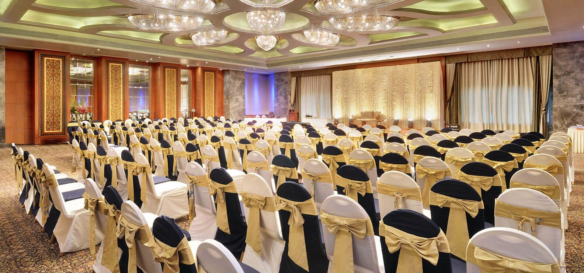 beachfront banquet halls in Mumbai, sea facing wedding venues in Mumbai, best banquet halls in Juhu, meeting room in Juhu