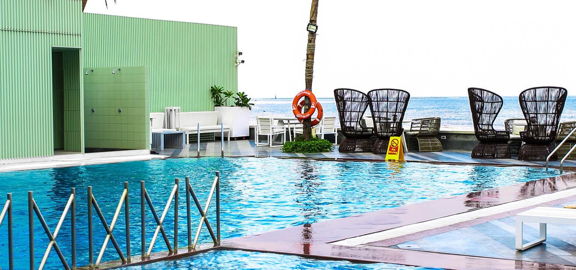 hotels with swimming pool in Juhu, sunday brunch with swimming in Juhu, sunday brunch Juhu